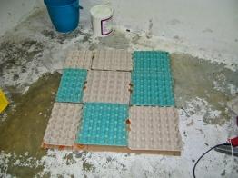 Panel de cartones de huevo y cartón corrugado